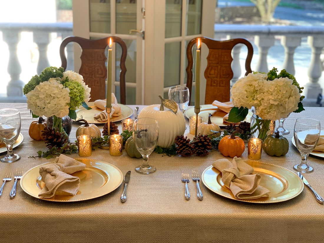 Thanksgiving Table Green Gold White
